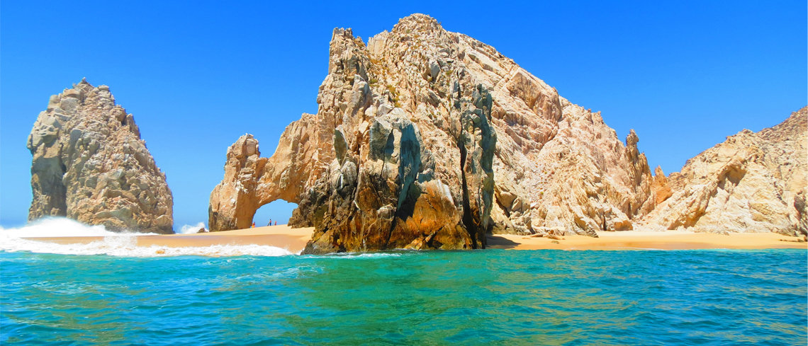 Visit the el arco de cabo in los cabos for your top 5 things to do in mexico